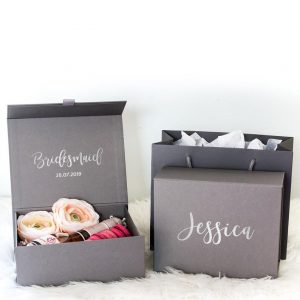 Bridal GiBridal Gift box _black - tomerin giftsft box _wh