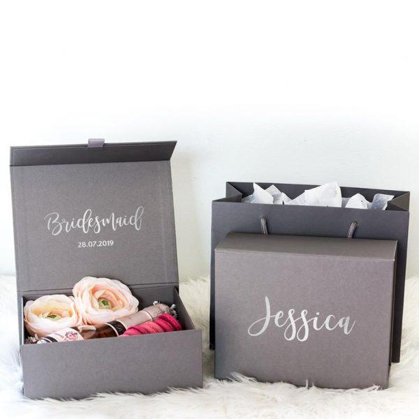 Bridal GiBridal Gift box _black - tomerin giftsft box _wh